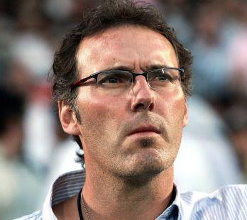 http://a401.idata.over-blog.com/348x310/3/31/92/65/SPORT/laurent-blanc.jpg